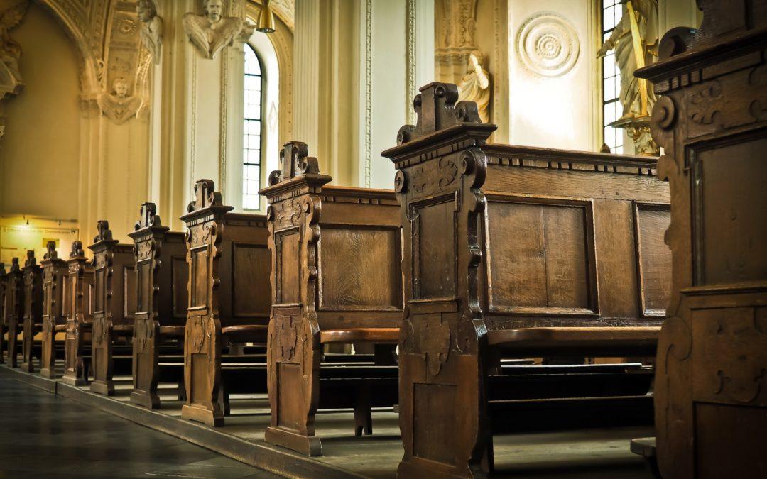 Wieszak dla biskupa – protest kobiet przed kurią