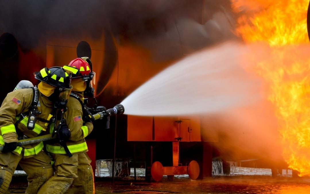 Wojsko włączyło się w gaszenie pożaru w Pyszącej