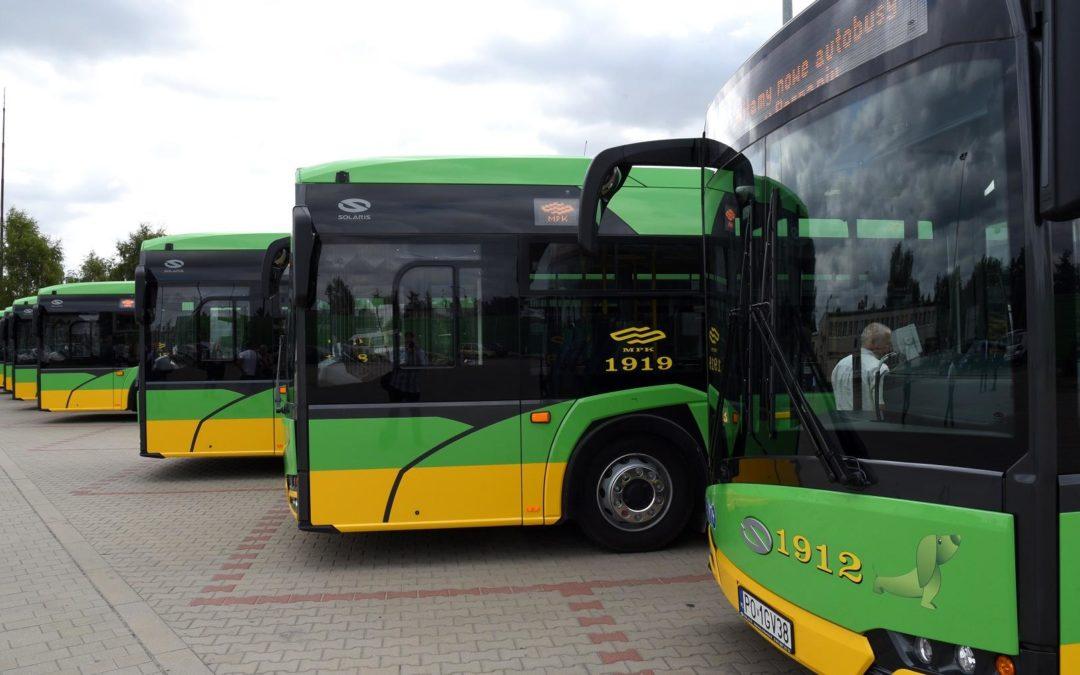 Autobusy i tramwaje w Sylwestra – zmiana rozkładu jazdy