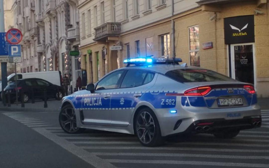 Szybkie i drogie – nowe auto policji