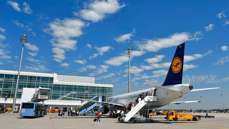 Czy Ławica jest atrakcyjna dla tanich linii lotniczych?