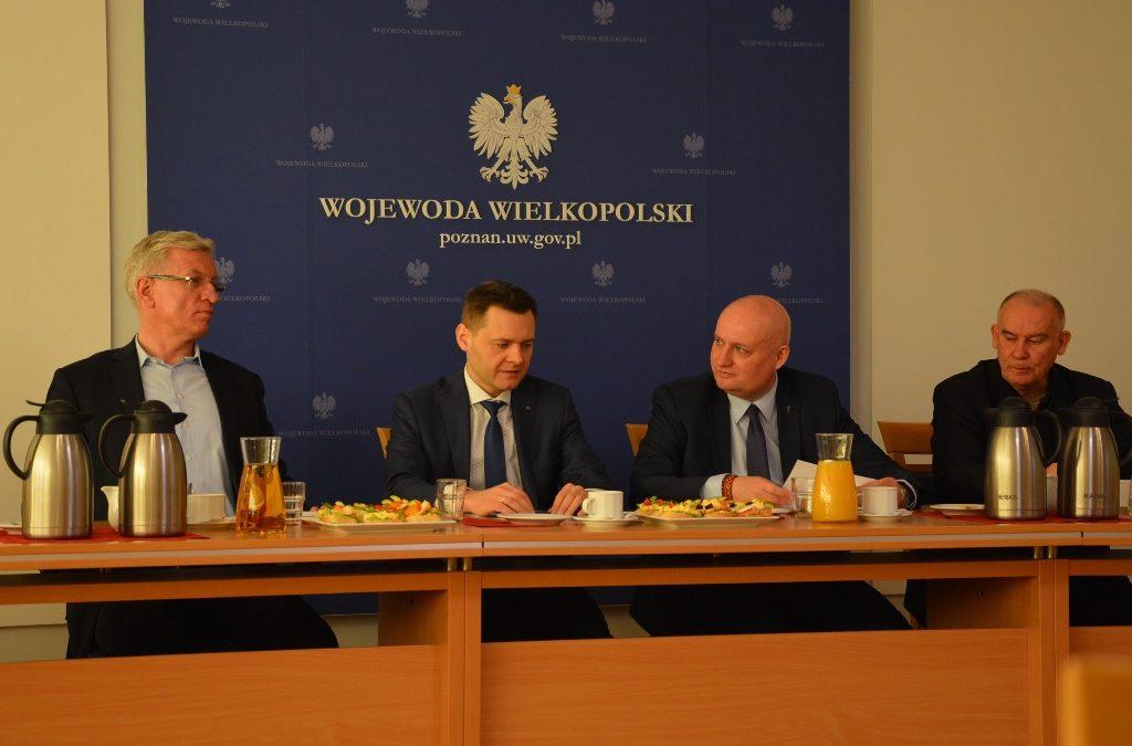 """""""Okrągły stół"""" o dworcu PKP w Poznaniu"""