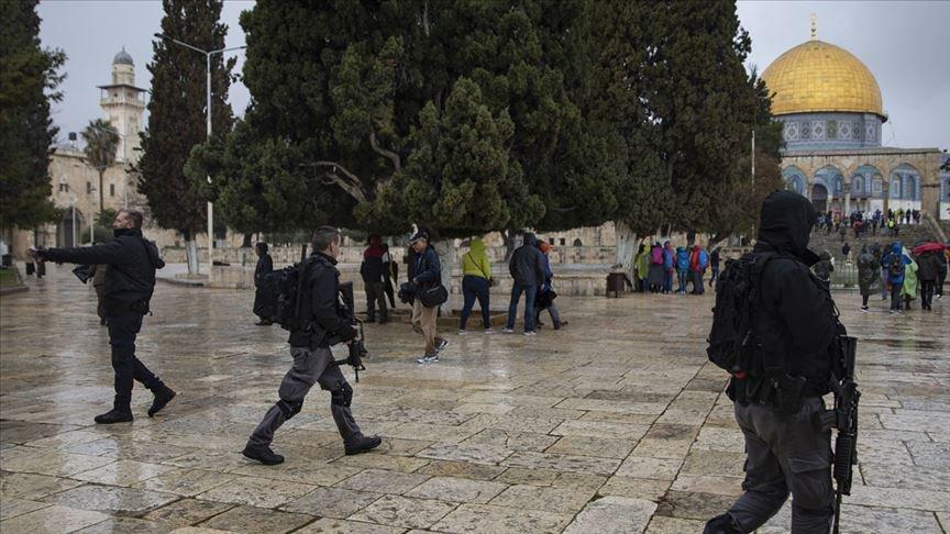 Świat: Gdy płonęła Notre Dame zapłonął meczet Al-Aksa w Jerozolimie