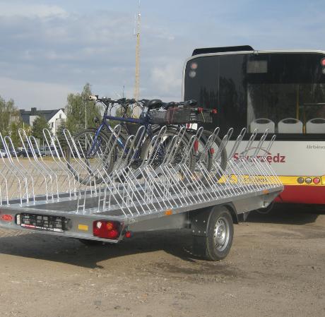 Autobus z przyczepą na rowery już kursuje