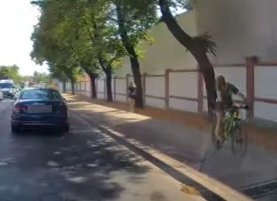 Chodnikowy pirat z zarzutami (zobacz video)