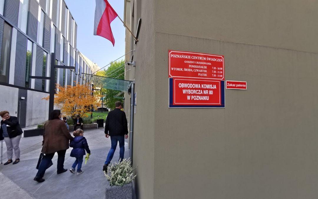 W Poznaniu zabrakło kart do głosowania