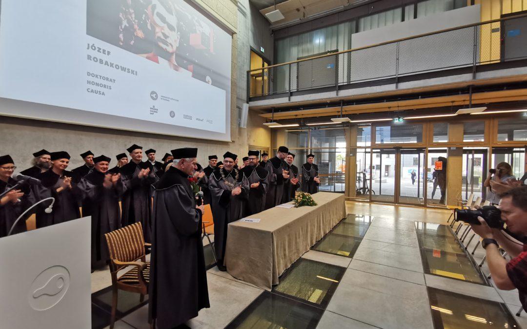 Doktorat honoris causa dla Józefa Robakowskiego