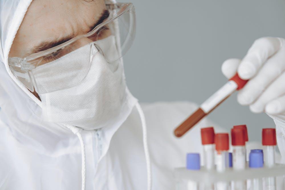 Lek na koronawirusa? Remdesivir stosowany w USA