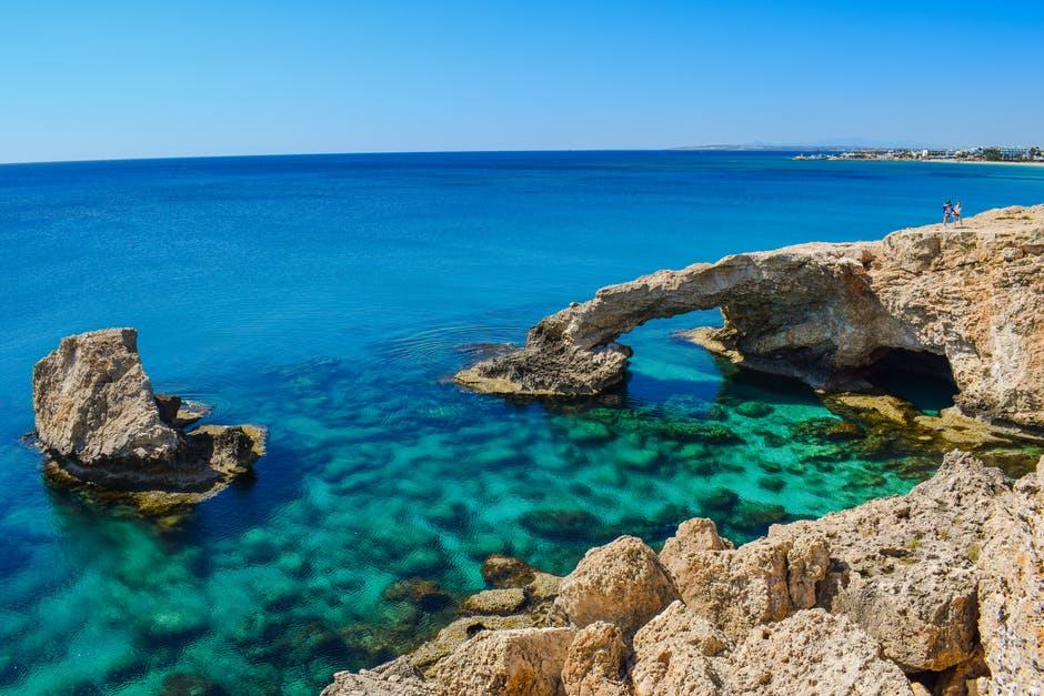 Cypr pokryje koszty wakacji turystów, jeśli zachorują na Covid-19